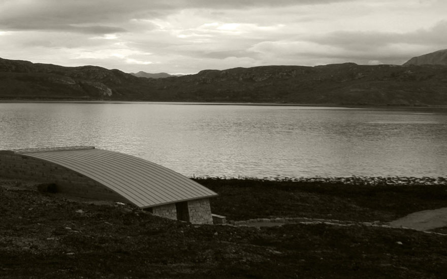 Shore Cottage over looking Loch Eriboll - Croft 103